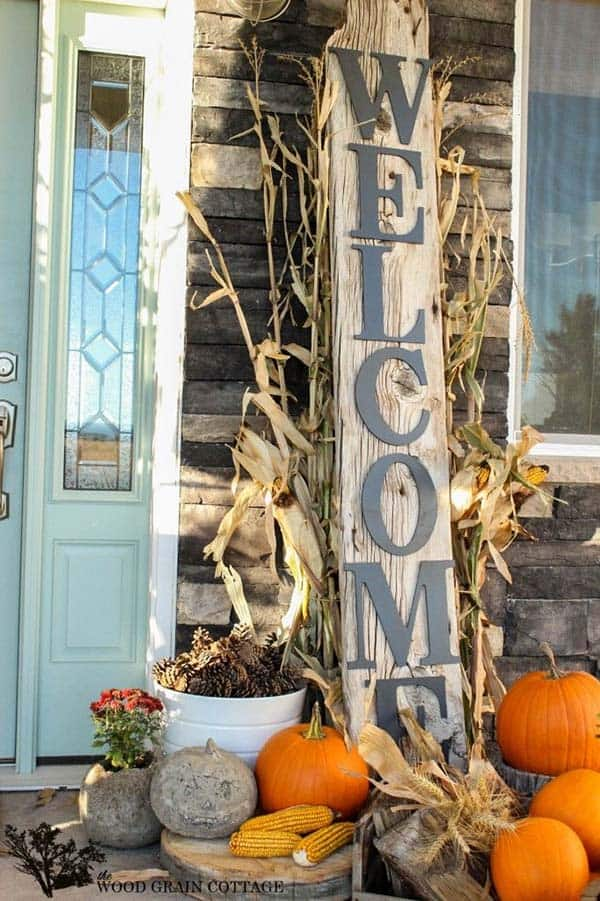 Fall-Inspired-Front-Porch-Decorating-01-1 Kindesign & 40 Amazing fall-inspired front porch decorating ideas