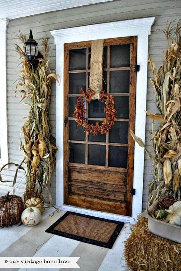 Fall-Inspired-Front-Porch-Decorating-06-1 Kindesign