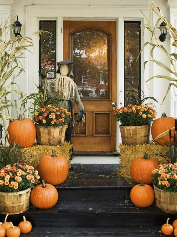 Fall-Inspired-Front-Porch-Decorating-08-1 Kindesign