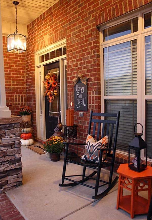 Fall-Inspired-Front-Porch-Decorating-13-1 Kindesign