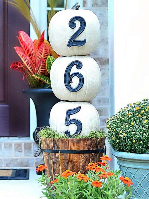 Fall-Inspired-Front-Porch-Decorating-17-1 Kindesign