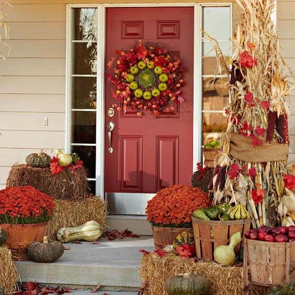 Fall-Inspired-Front-Porch-Decorating-35-1 Kindesign
