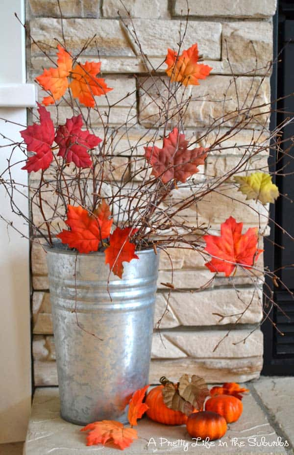 Fall-Inspired-Front-Porch-Decorating-36-1 Kindesign