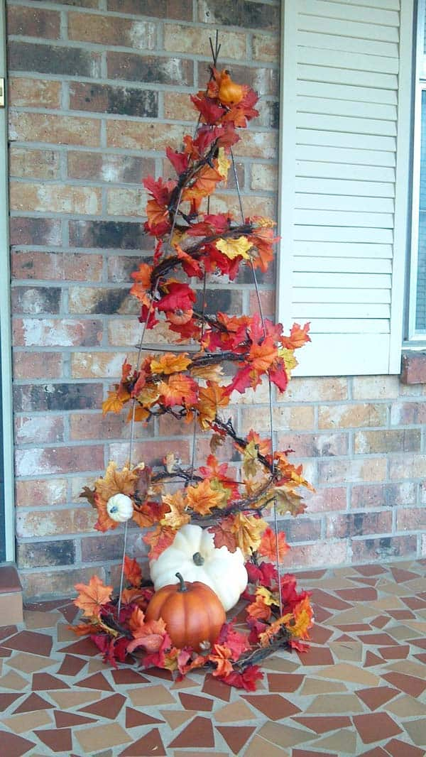 Fall-Inspired-Front-Porch-Decorating-37-1 Kindesign