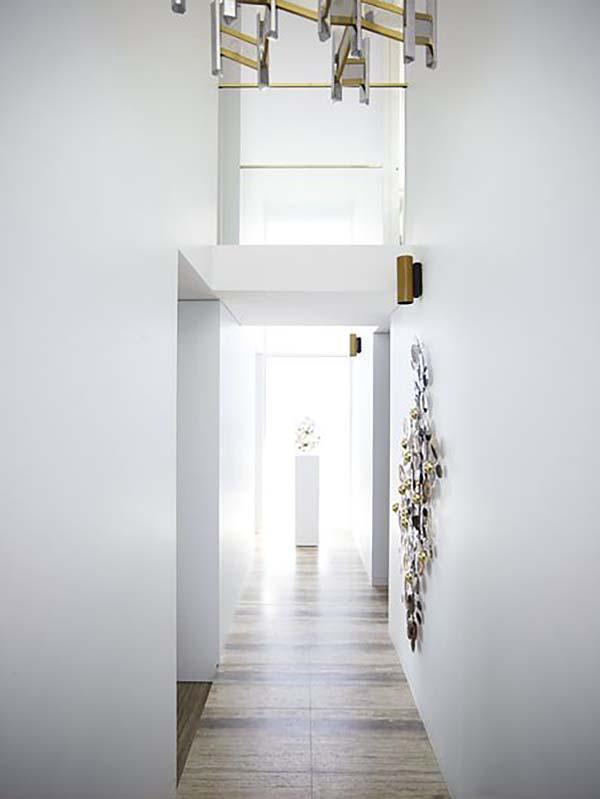Glamorous Mid-Century Home-Sydney-02-1 Kindesign