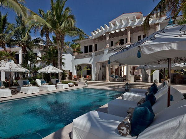 Luxury-Holiday-Home-Sandra Espinet-03-1 Kindesign