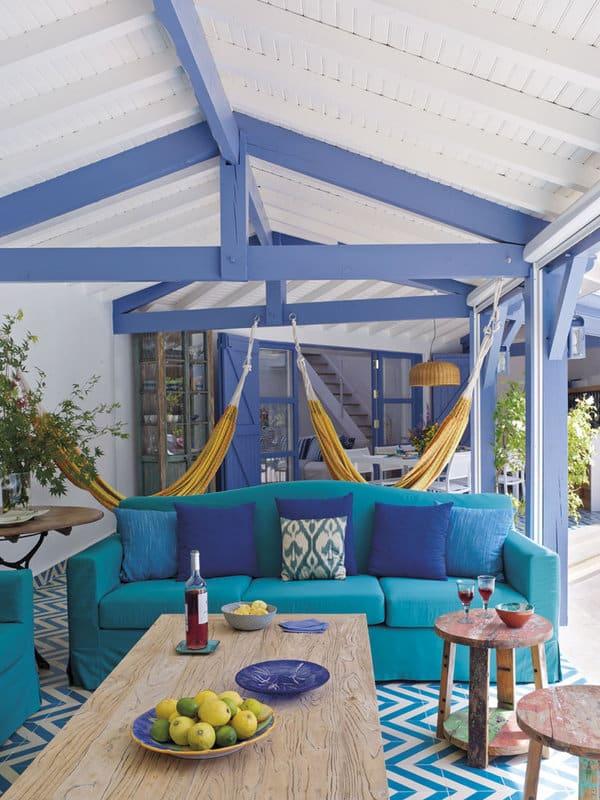 Mediterranean-Style-Pool-House-Melian-Randolph-04-1 Kindesign