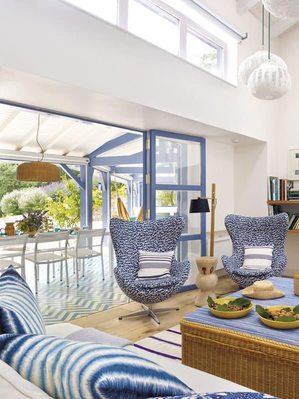 Mediterranean-Style-Pool-House-Melian-Randolph-08-1 Kindesign
