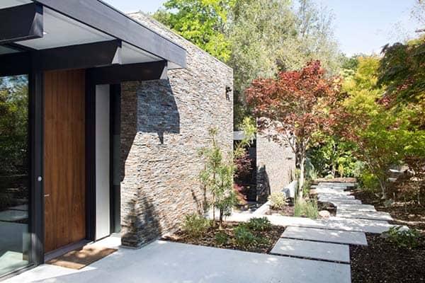Modern Atrium House-Klopf Architecture-01-1 Kindesign