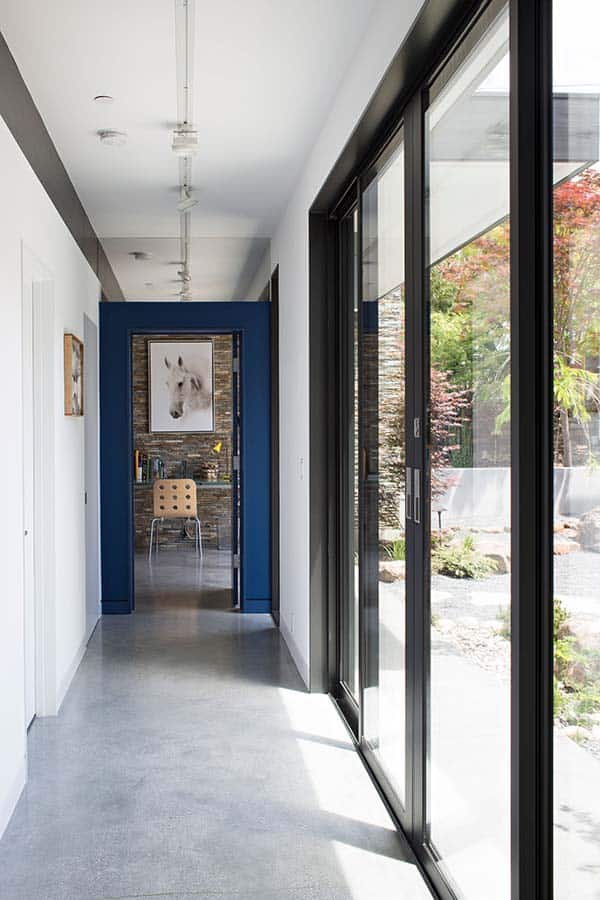 Modern Atrium House-Klopf Architecture-07-1 Kindesign