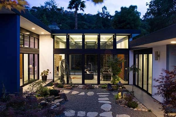 Modern Atrium House-Klopf Architecture-29-1 Kindesign
