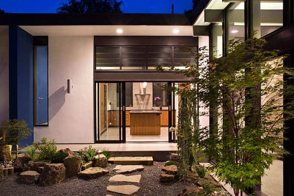 Modern Atrium House-Klopf Architecture-31-1 Kindesign