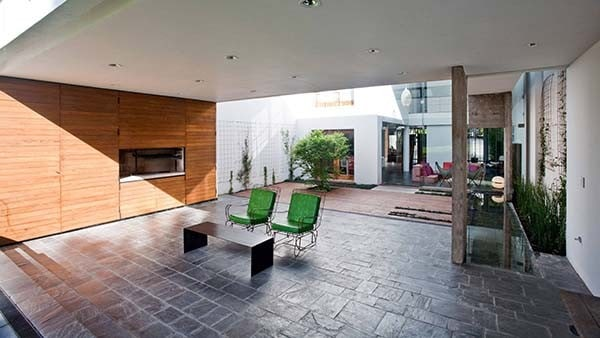 Modern-Concrete-Home-Bak Architects-16-1 Kindesign