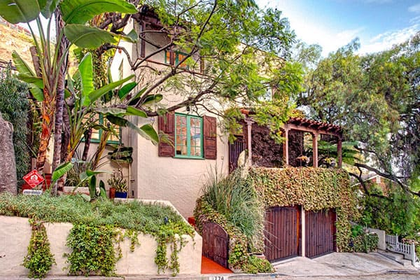 Spanish-Style-Home-Hollywood Hills-02-1 Kindesign