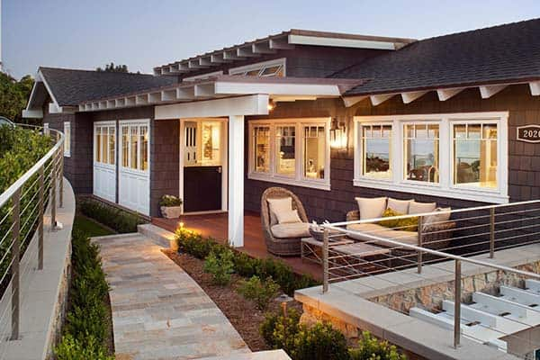 featured posts image for Beautiful transitional style residence with sweeping ocean views