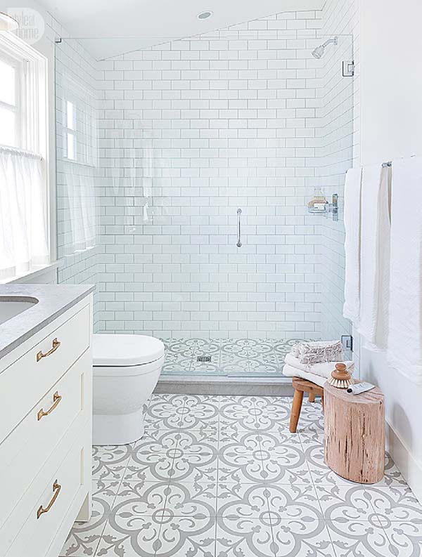 White-Bathroom-Design-Inspirations-01-1 Kindesign