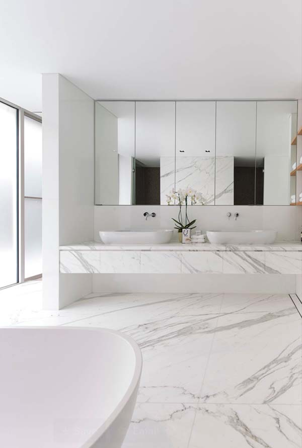White-Bathroom-Design-Inspirations-23-1 Kindesign