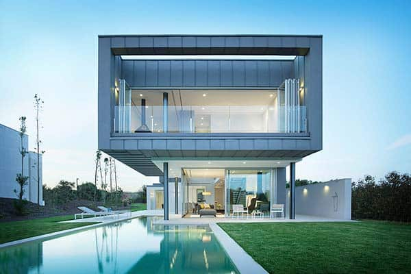 featured posts image for Luxurious two-story Spanish villa cantilevers over a pool