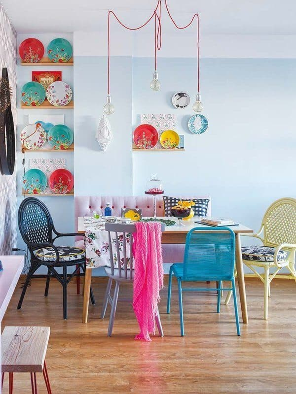 Colorful-Small-Apartment-Spain-06-1 Kindesign