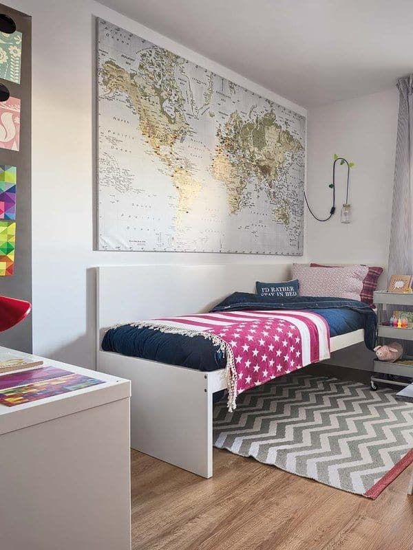 Colorful-Small-Apartment-Spain-13-1 Kindesign