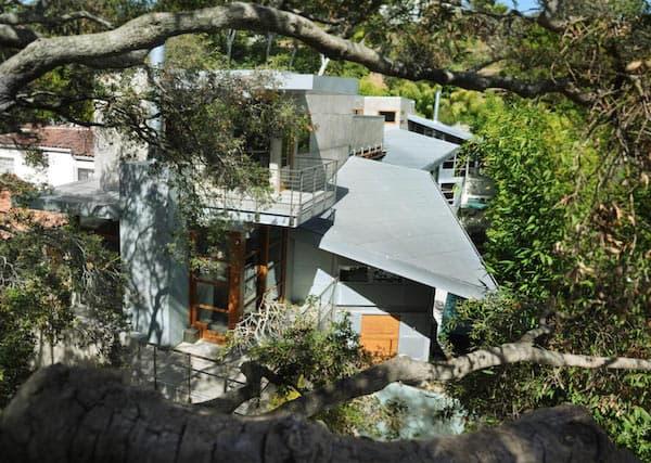 Concrete-Modern-Home-Gray Matter Architecture-24-1 Kindesign