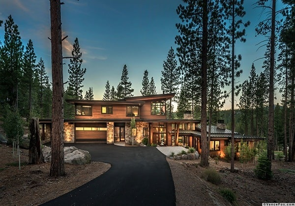 Martis Camp Retreat-Ryan Group Architects-01-1 Kindesign