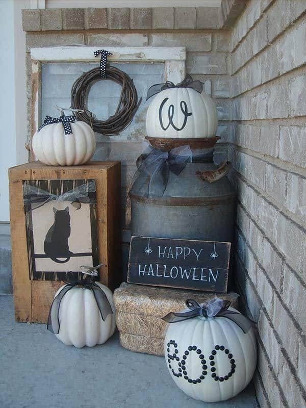 Outdoor Halloween Decorating Ideas-04-1 Kindesign
