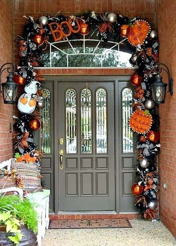 Outdoor Halloween Decorating Ideas-24-1 Kindesign