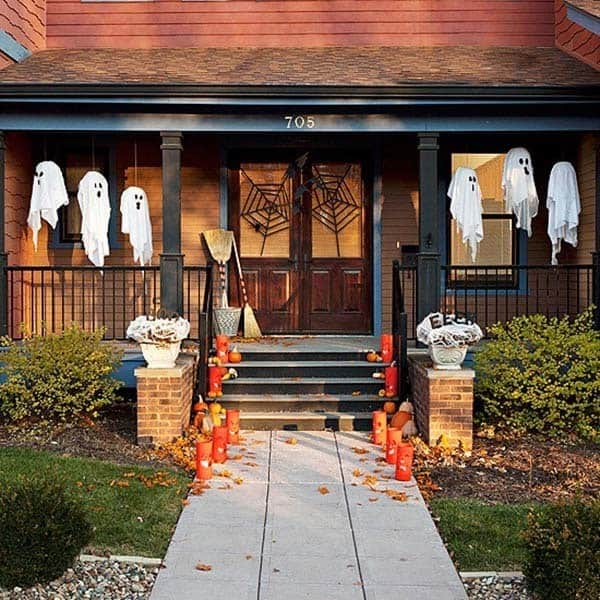 Outdoor Halloween Decorating Ideas-27-1 Kindesign