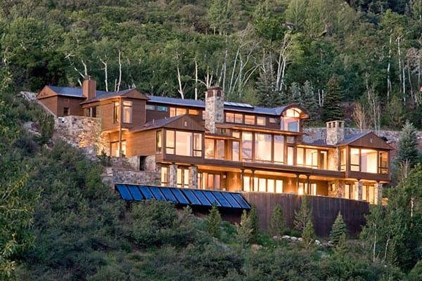 featured posts image for A Colorado mountainside dwelling with lavish interiors