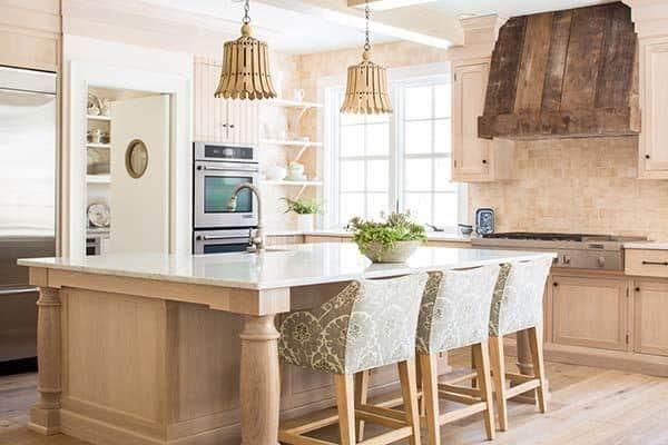 Rustic-Cottage-Maine-Nicolas Home-05-1 Kindesign
