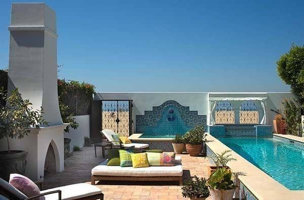 featured posts image for Santa Monica Beach home with Mediterranean influences