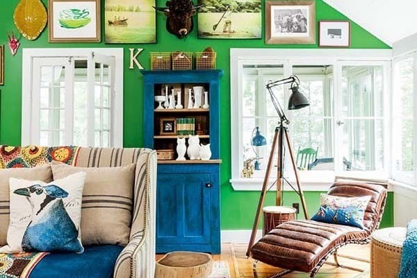 featured posts image for A bright and colorful cottage on Stony Lake, Ontario