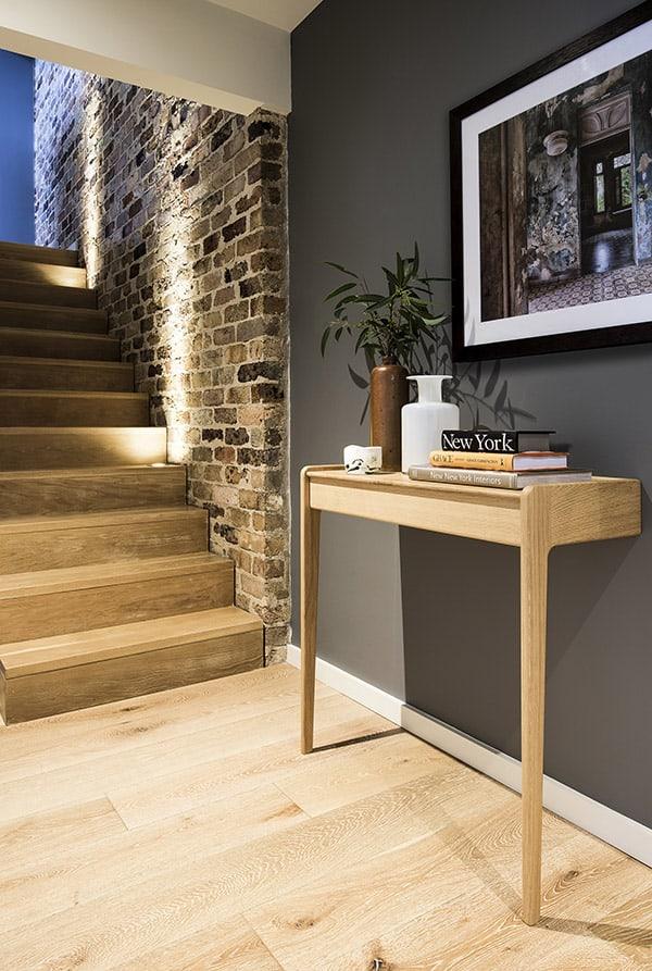 Suburban Loft-Brett Mickan Interior Design-03-1 Kindesign
