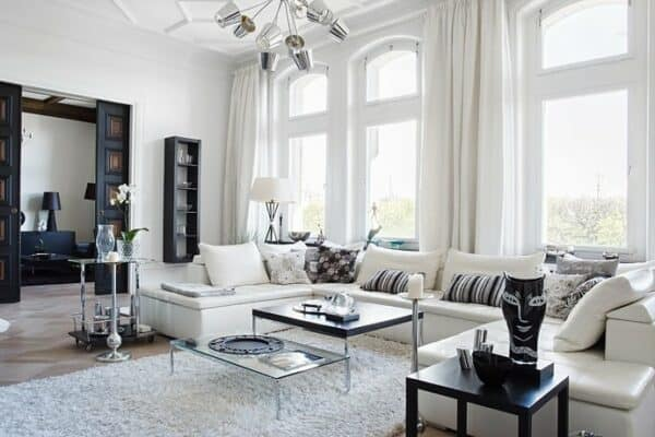 featured posts image for Chic and stylish turn of the century apartment in Östermalm