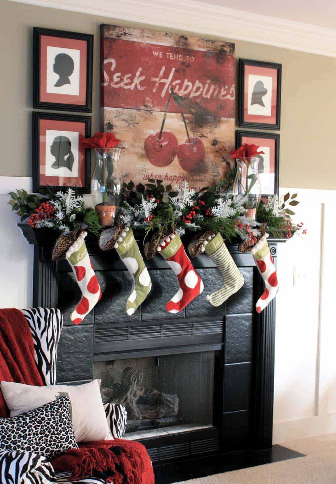 Christmas Mantel Decorating Ideas-10-1 Kindesign