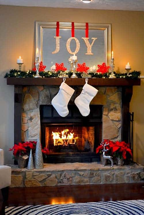 Christmas Mantel Decorating Ideas-18-1 Kindesign