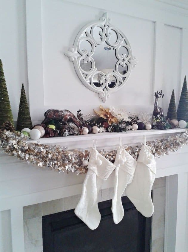 Christmas Mantel Decorating Ideas-30-1 Kindesign