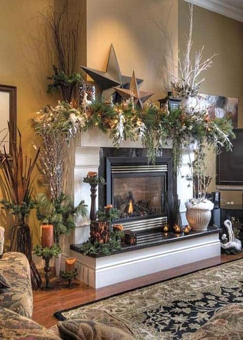 Christmas Mantel Decorating Ideas-33-1 Kindesign