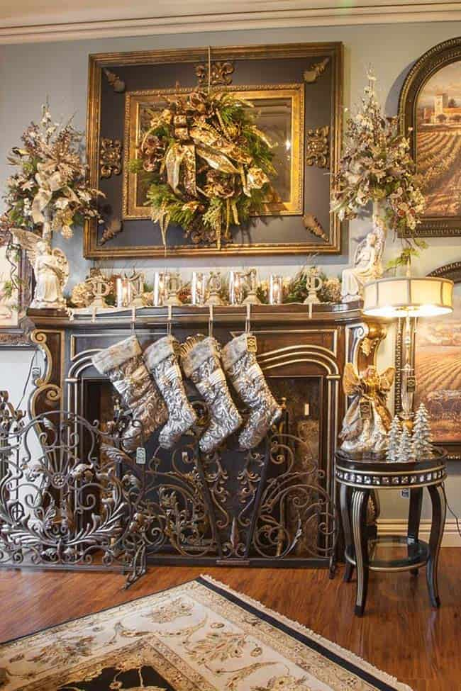 Christmas Mantel Decorating Ideas-44-1 Kindesign