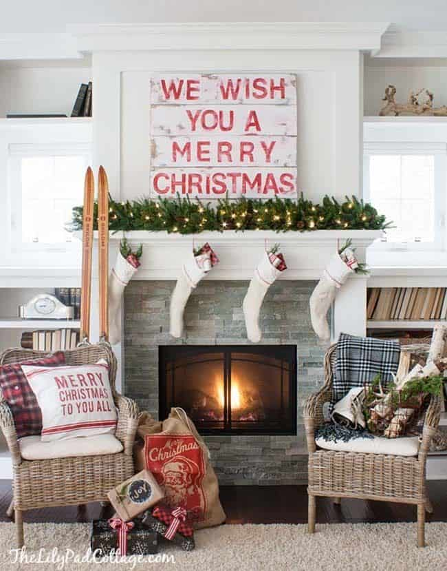 christmas-mantel-decorating-ideas-58-1-kindesign