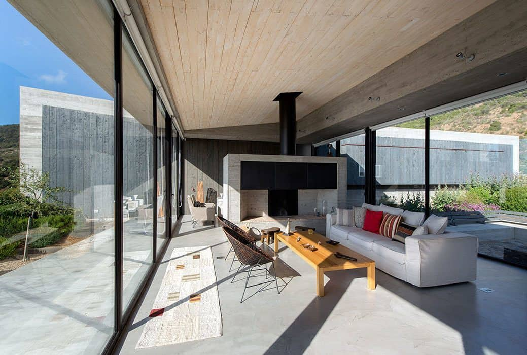 Concrete House-Estudio Valdes Arquitectos-04-1 Kindesign