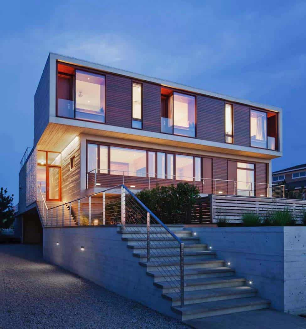 Fascinating modern beach house retreat in the hamptons for Beach house design contemporary