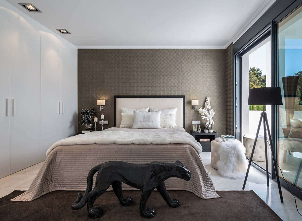 Contemporary Luxury Villa-Laura Yerpes-014-1 Kindesign