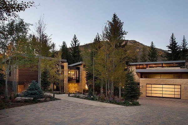 featured posts image for Modern mountain home inspired by rugged Colorado landscape
