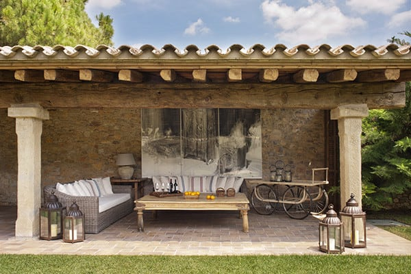 featured posts image for Countryside home infused with rusticity in the Spanish mountains
