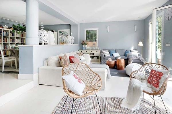 featured posts image for A cosmopolitan villa with bright and airy interiors in Madrid