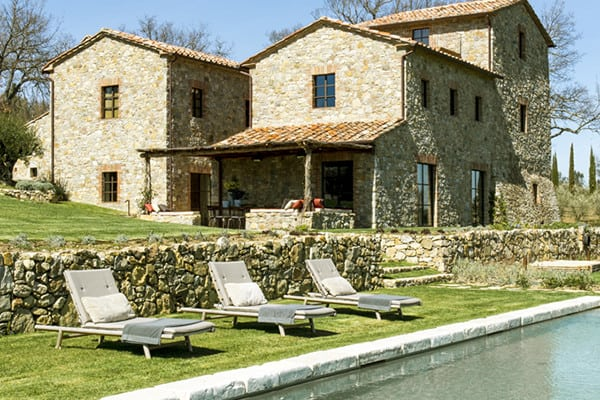 featured posts image for Enchanting Tuscan farmhouse with modern-rustic details