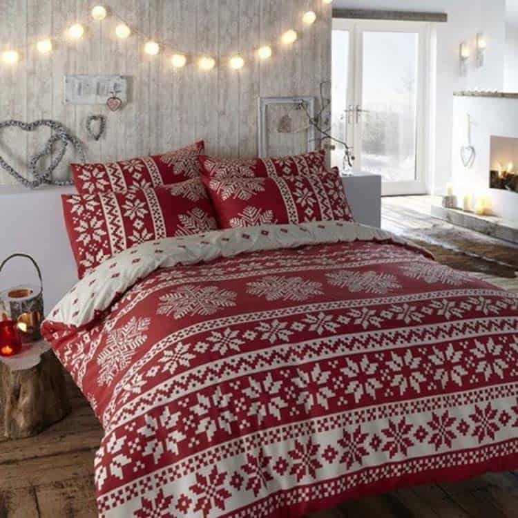 Christmas Bedroom Decorating Ideas-05-1 Kindesign