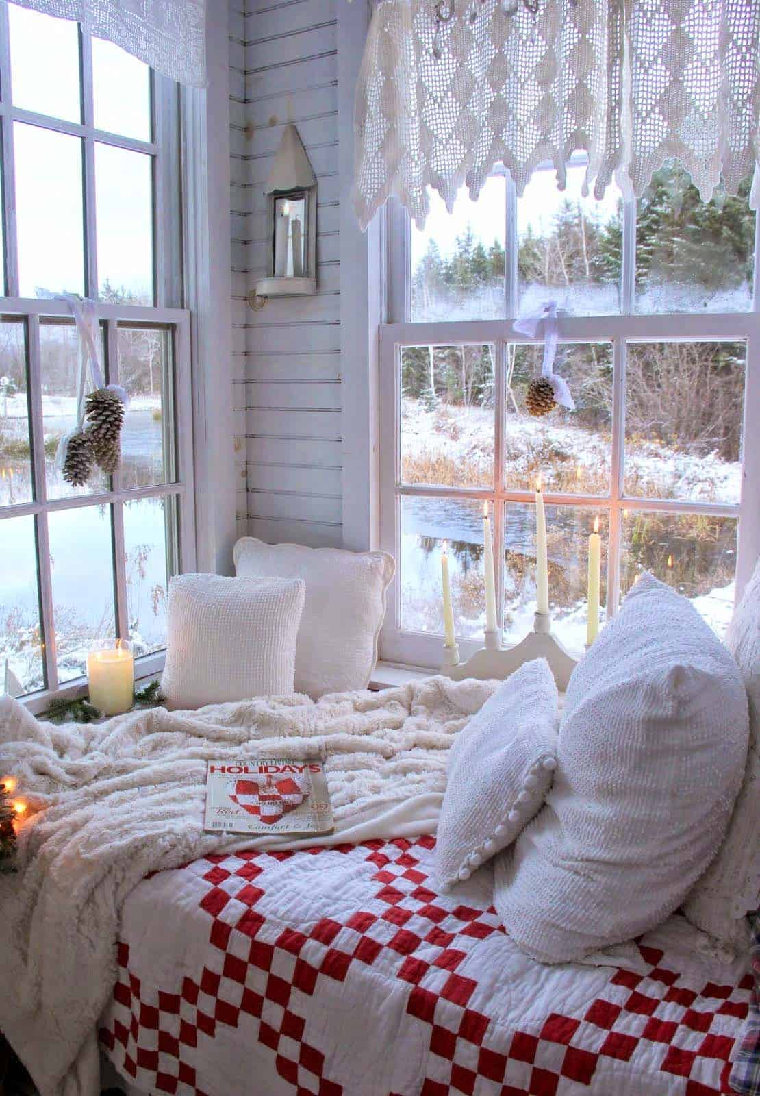 Christmas Bedroom Decorating Ideas-12-1 Kindesign